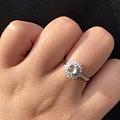 入的第一枚翡翠戒指