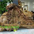 退休老伯人用废木头自学木雕 这技艺您觉得怎么样