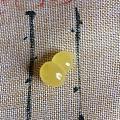 出一些蜜蜡小雕件,希望diy手工的戳进来,有莲蓬、鱼、龟壳、四叶草、葫芦