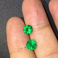 1克拉正圆形哥伦比亚祖母绿