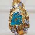 (名矿松石)意大利设计师如何设计松石珠宝?矿口-松石王(美国)