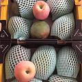 秋天太干燥 妈妈给送来点水果