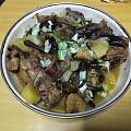 今晚伙食——家鸡榛蘑炖土豆