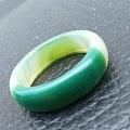 绿玉髓戒指