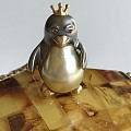 仅此一件的企鹅公主,18K金,金珍珠的肚肚,红宝石的眼睛,还有眼眉毛