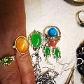 绿色尖晶石戒指