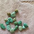 低价出闲置原矿无优化高磁兰的绿松小雕件喜欢的赶紧来挑
