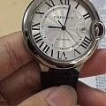 我想查一下这个手表的真假,谢谢。