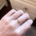 出个18K黄10分钻可调节的小戒指
