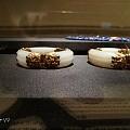 在香港历史博物馆看到这个无比美貌的镯子,请问这是籽料还是山料?