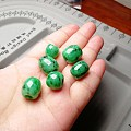 一手阳绿珠子,268一个