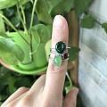 出闲置满绿元宝翡翠戒指,红尖晶戒指,乌兰海碧玉戒指