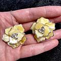 秀一秀这款🌸樱花波兰设计蜜蜡嵌银套装,果然女为悦已者容啊