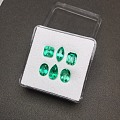 小精品哥伦比亚祖母绿 晶体干净通透 火彩好 亮度高 价格小清新