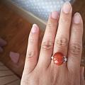 出几个南红的戒指和配饰 都是满肉满色的
