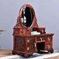 古香古色的梳妆台