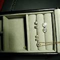 钻石耳钉,钻石锁骨链,钻石耳圈,水滴祖母绿