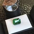 一块绿石头
