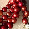 紫红色珍珠长链