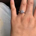 2克拉莫桑钻戒指