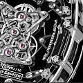 理查德米勒RM56-02,完美演绎钟表与奇迹。