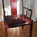 捡来的桌椅,是紫檀么?