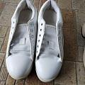 付邮送!有几双鞋子,都是很新的,不过不是什么牌子,有淘宝买的,有实体店买的