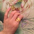 摆拍生生的戒指