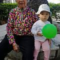 她和我奶奶,她和她奶奶