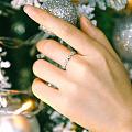 独一无二的钻石,紧扣相系,一生相守。