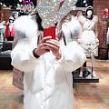 天冷了,前几天找猪队友要的钱买个大长款羽绒服,实体入的,比天猫旗靓店应该贵了...