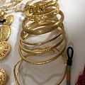 黄金部分集合,在首饰盒里拿出来然后摆好拍了放回去,一共用了5分钟