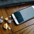 看到几个适合坛里姐妹的手机配件