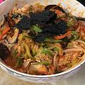 烤肉,拌饭……昨天韩剧看了馋死我了,小县城没啥好吃的韩国料理就自己做😂😂,味...