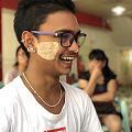 陪我在缅甸街头走一走