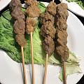 请客吃鸡吃鱼吃烤全羊烤乳猪。😄