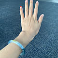 飞东京,等飞机,拍镯子,这个手镯怎么都好看!