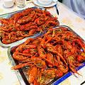 吃小龙虾好过瘾
