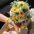 准备拿结婚的两个金镯去换款,现在金价高去换好吗?