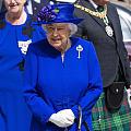 女王look
