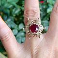 維多利亞時期的紅寶戒指.