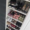 女人就是这么喜欢买鞋子…