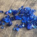 再次来到越南,这次直接去了钴尖晶矿,这次见到一些真正意义的钴蓝...