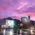 台风下粉紫色的天空~