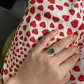 红裙配绿蛋
