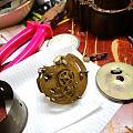 修表記 1. 座鐘,UNGHANS銅質表芯,桃木外殼正面銀銅?合金花裝飾,估...