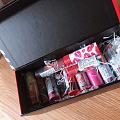我该拿这盒口红怎么办