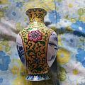 鎏金圈足(口)粉彩开光青花山水缠枝牡丹纹瓶