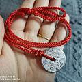 对铃铛有种莫名的执念  也有对红绳的执着,喜爱