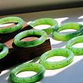 精品果绿手镯